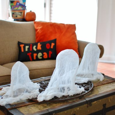 Easy Cheesecloth Ghosts