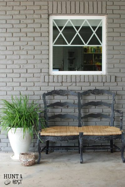 This Seagull inspired coastal bench makeover is just one of many coastal inspired furniture flips you'll find here! www.huntandhost.net