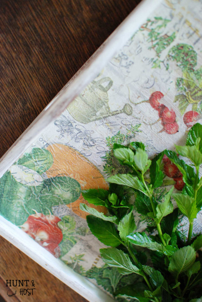 """This boring tray gets a farmhouse garden makeover. A DIY napkin """"painting"""" tutorial. www.huntandhost.net"""
