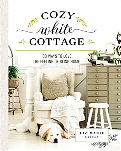 Ultimate list of books by bloggers. Find decorating inspiration, DIY books and encouragment from some of your favorite online ladies here, all in one place! #blogger #booksByBloggers #DIYideas