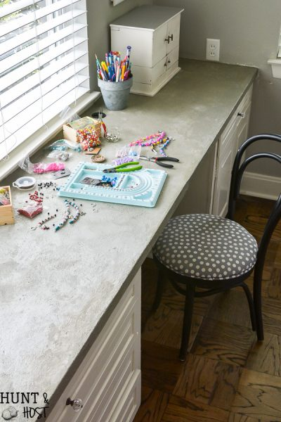 Concrete countertop makeover and my bad experience. The saving grace is this cute and simple picture display board!
