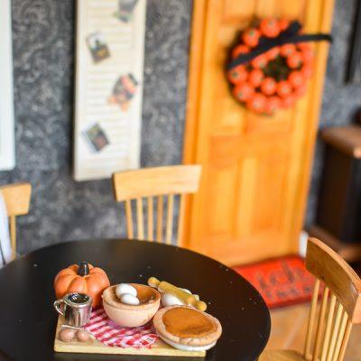 Fall Dollhouse Decorating DIYs