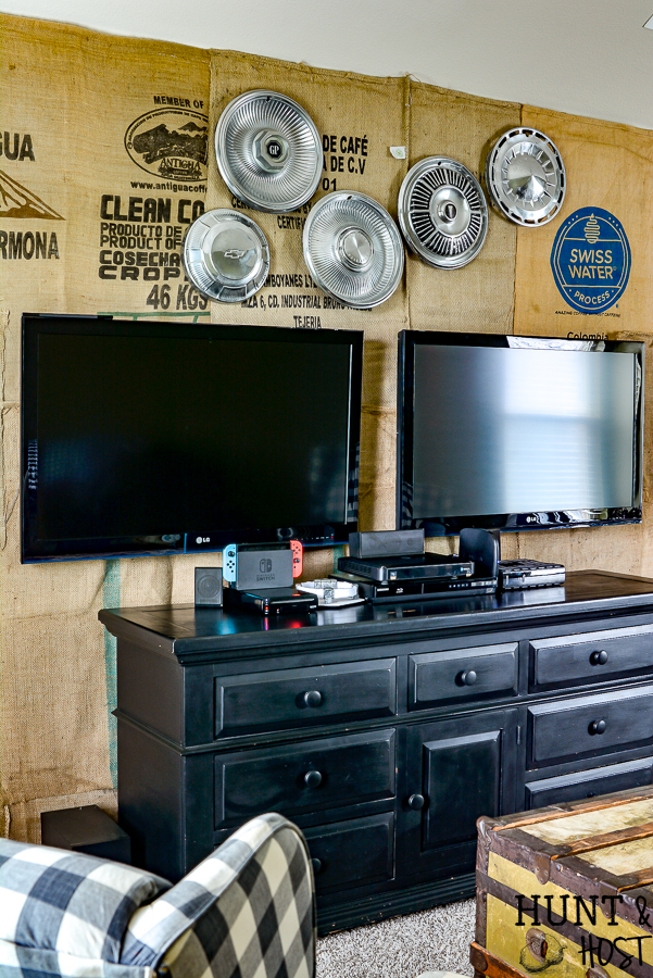 Rustic Game Room Idea With Burlap Wall Covering Salvaged Living