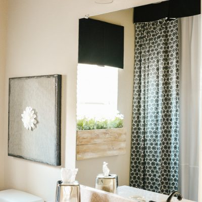 Girl's Black and White Bathroom Ideas
