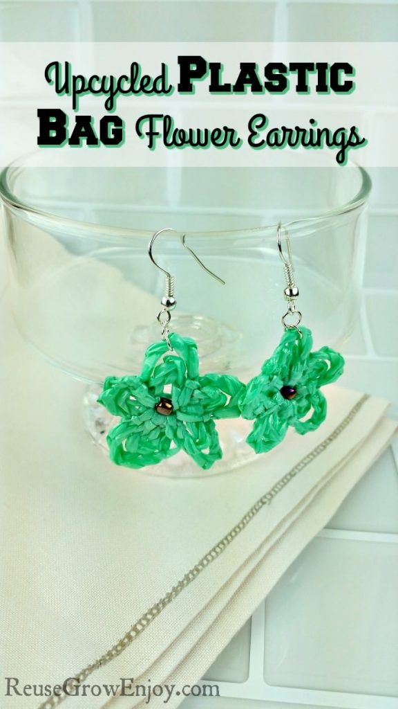 A list of gorgeous upcycled jewelry ideas made from common everyday items you have around your house. Get unique style with these DIY jewelry ideas. #DIYjewelry #upcycle #handmadejewelry #thriftedstyle