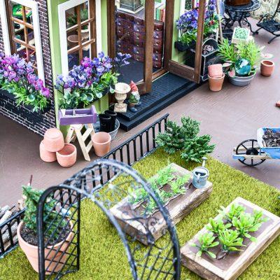 DIY Miniature Garden Shop Dollhouse