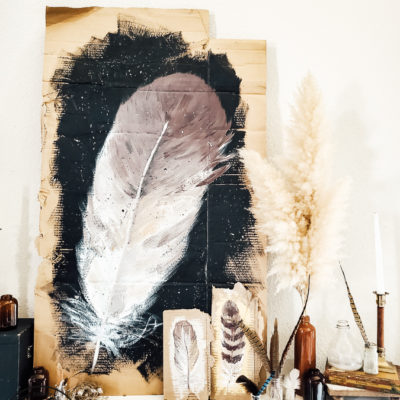 DIY Fall Mantel Decor Idea: Feathers and Vintage Finds