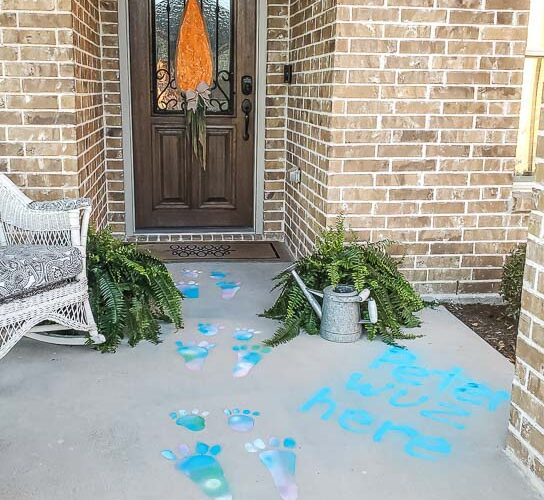 Make DIY Easter Bunny tracks your friends and family will love for your Easter decorating. These are perfect proof that Peter Rabbit hopped on by this Easter. Testors Spray Chalk is perfect to create a washable bunny trail. Use this spray chalk on concrete, snow, glass, dirt, vinyl siding, asphalt, pavers and more. Rinse off with water and enjoy a creative and colorful Easter outdoors! #spraychalk #testors #testorsspraychalk #easter #easterbunny #eastersunday #happyeaster #sponsored
